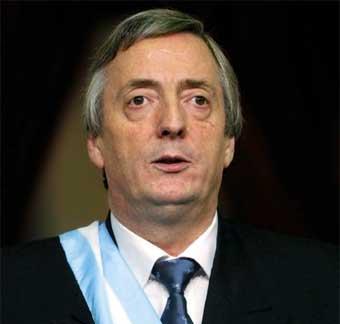 Néstor Carlos Kirchner, gobernador y luego presidente judío.