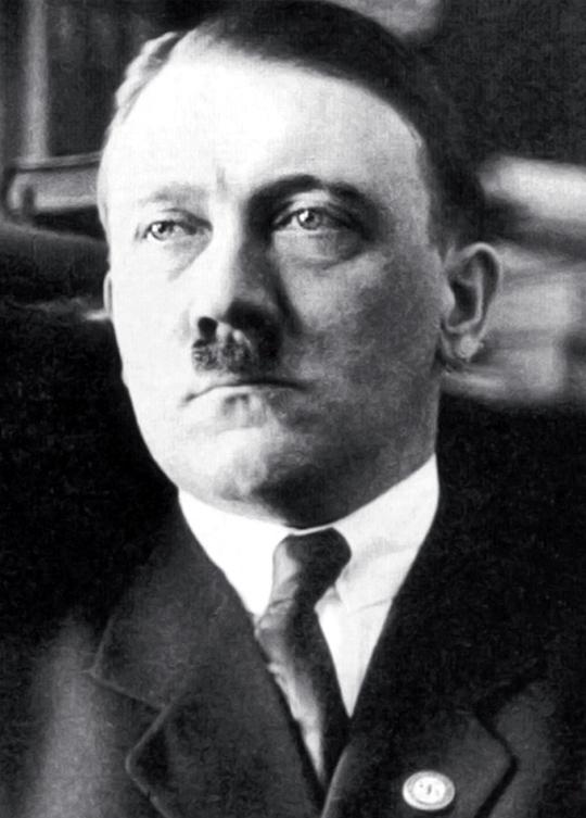 Adolf Hitler-01