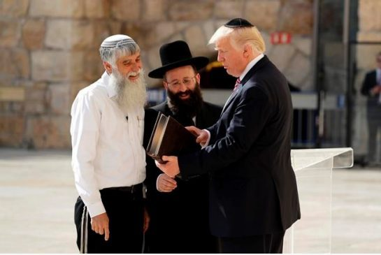 Israhell's craven unscruppless Buttboy Trumpowicz! He loves to bend over for these bloodthirsty murderous demons from hell!